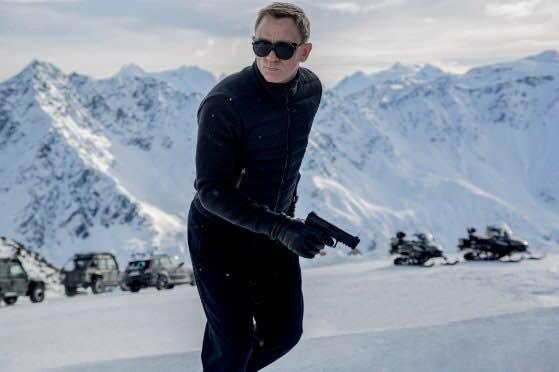 <em>SPECTRE</em> Solidifies Craig, Casts Shadows on Franchise's Future