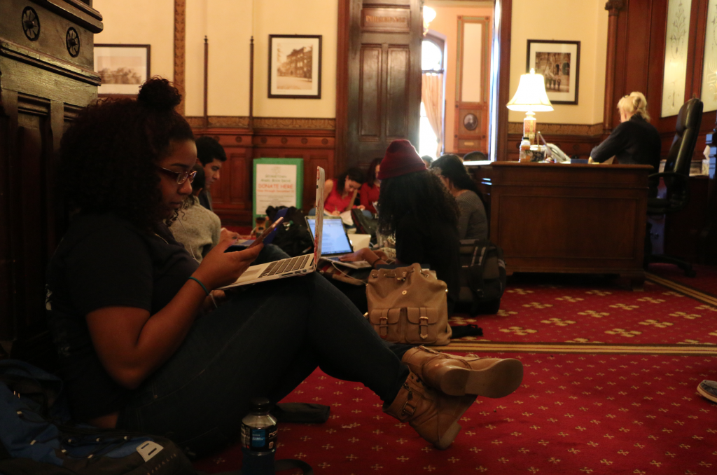 Student sit-in organizers release statement, professor and Philosophy Department show support