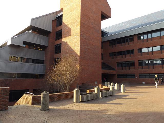 University to install new solar panels
