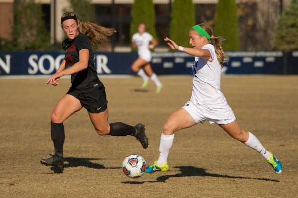 No. 11 Women's soccer routs Loyola Maryland at home