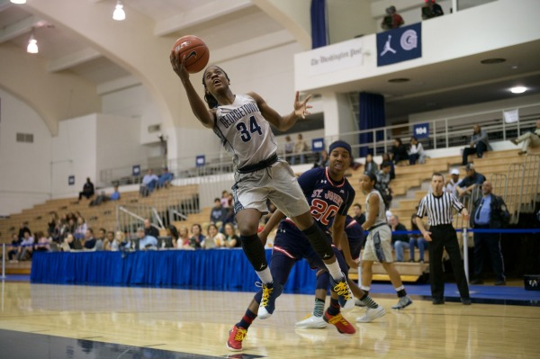 Overpowered: Women's Basketball unable to weather rebounding storm in loss against St. John's