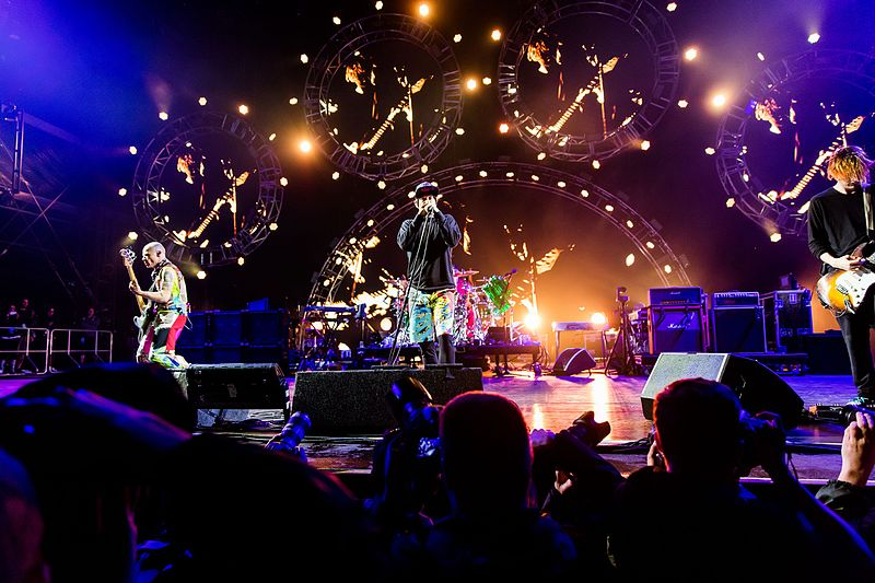 Concert Review: Red Hot Chili Peppers, Verizon Center, April 12
