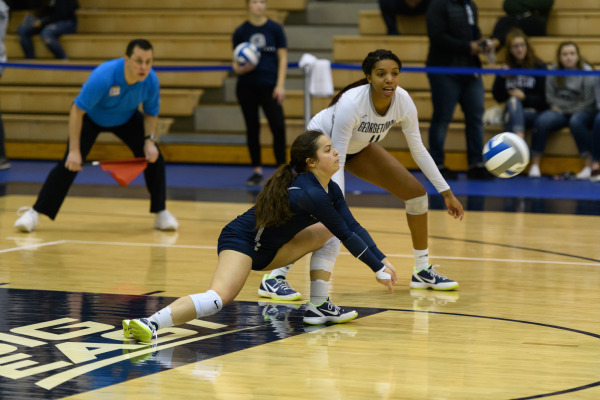 Volleyball ends season with two five-set losses