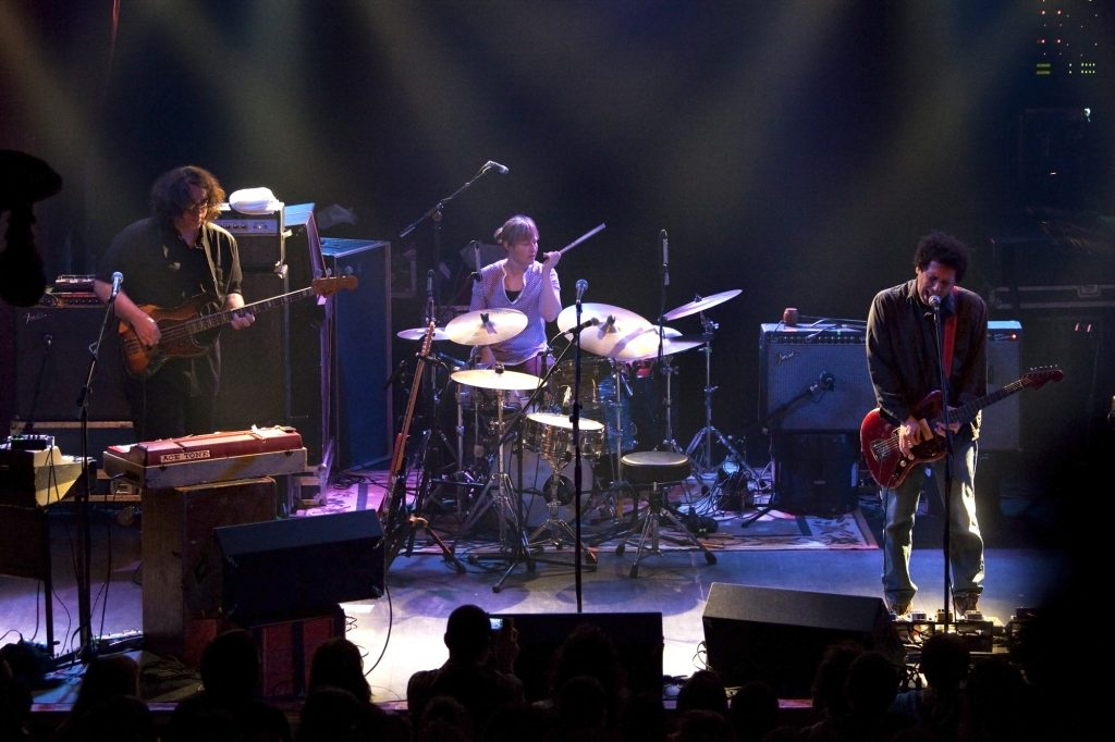 Concert Preview: Yo La Tengo, April 4, 9:30 Club