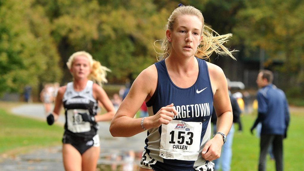 Women's cross country races into the season, men's cross country slower out of the blocks
