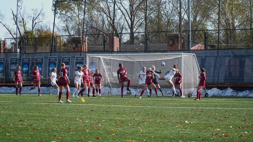 Women's soccer holds on to advance into Sweet 16 past Washington State
