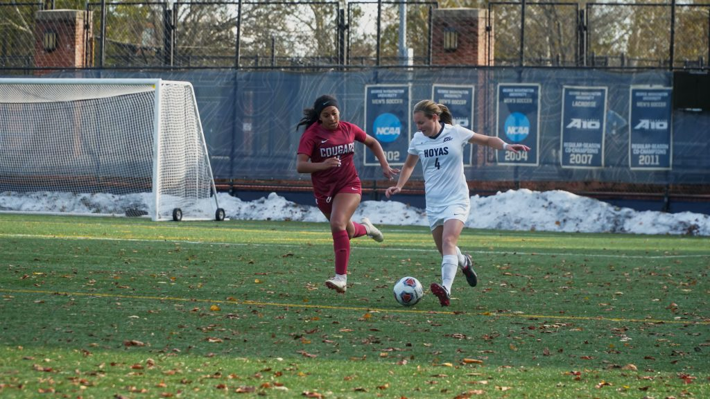 No. 2 Women's Soccer Beats Duke to Advance to Elite 8