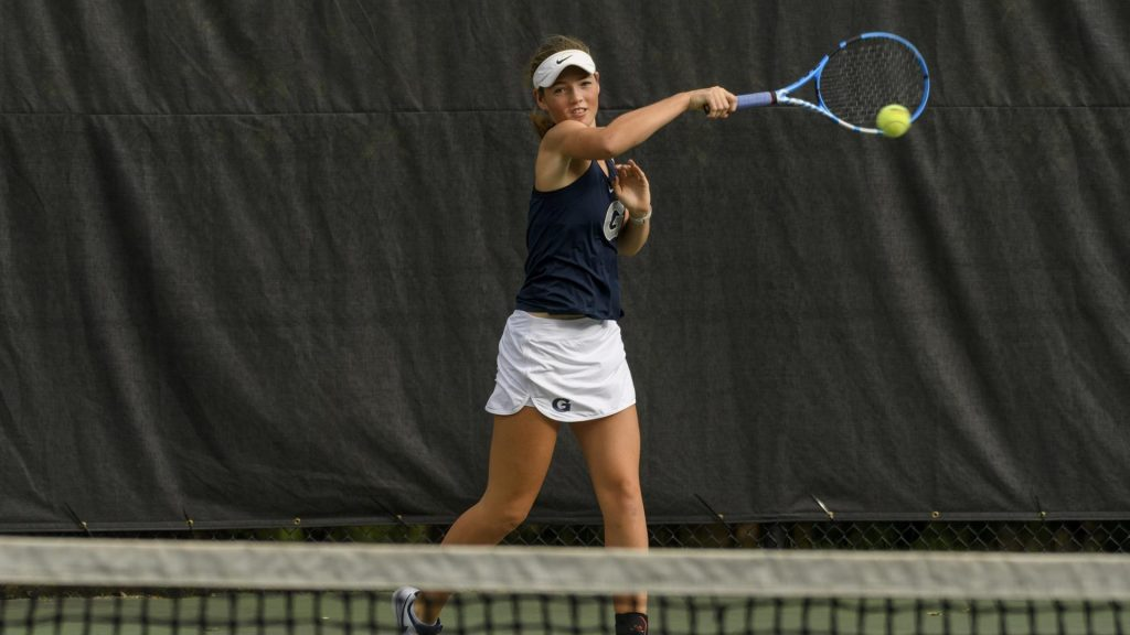 Men's and Women's Tennis Close out their Fall Seasons