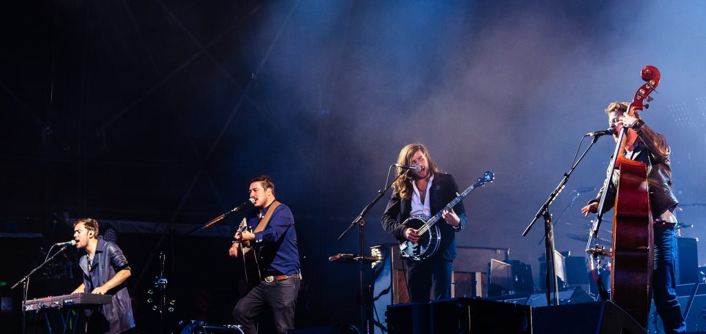 Mumford & Sons' <i>Delta</i> Successfully Marries the Old and the New
