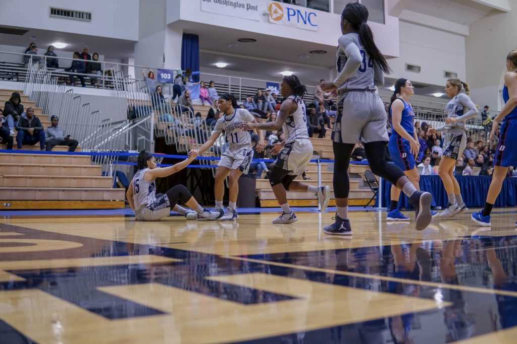 Women's Basketball Drops Third Straight in Big East to No. 15 Marquette