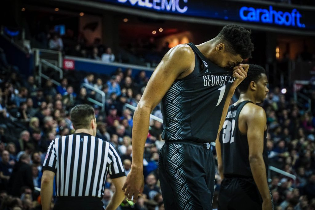Men's Basketball Stumbles in Away Matchup with Creighton