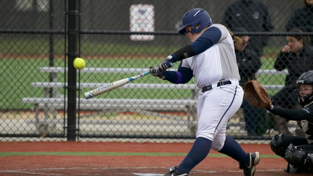 Softball Swept by Villanova