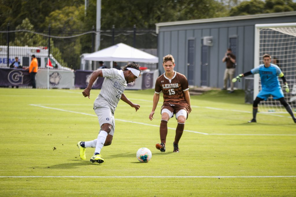 Men's Soccer Handily Defeats Lehigh at Home