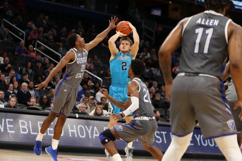 Men's Basketball Takes on No. 22 Texas at Madison Square Garden