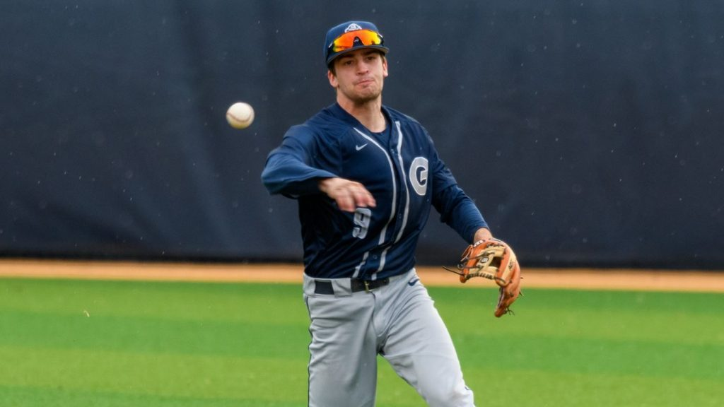 Bats Falter with Runners on Base in Loss to William & Mary